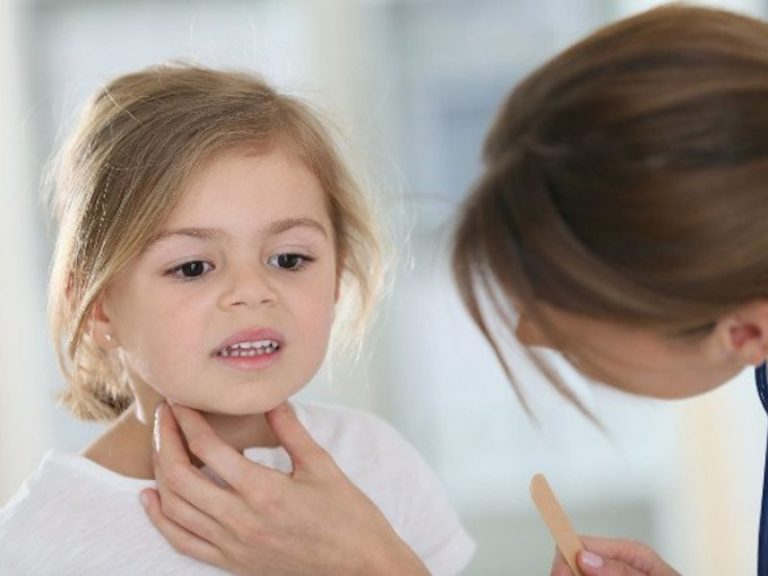 Chrząkanie u dziecka – czy należy czegoś się obawiać?