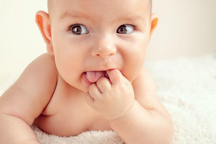 Pleśniawki u niemowląt – co powinniśmy o nich wiedzieć?