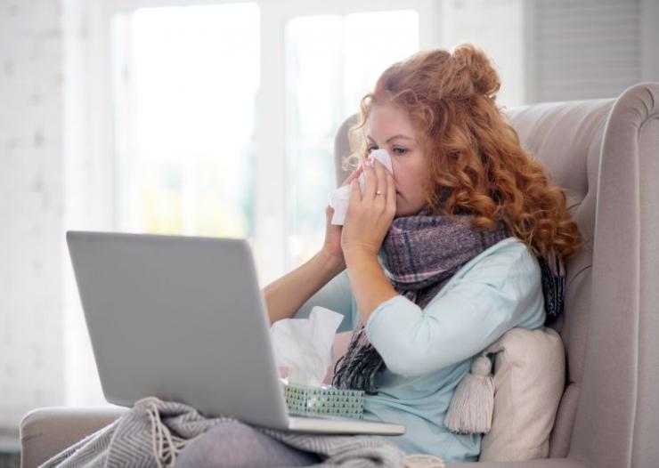 Jak odetkać nos? Poznaj sprawdzone domowe sposoby