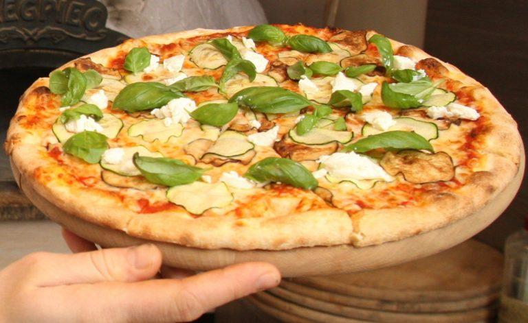Najlepsza pizza Warszawa – czym powinna się wyróżniać?