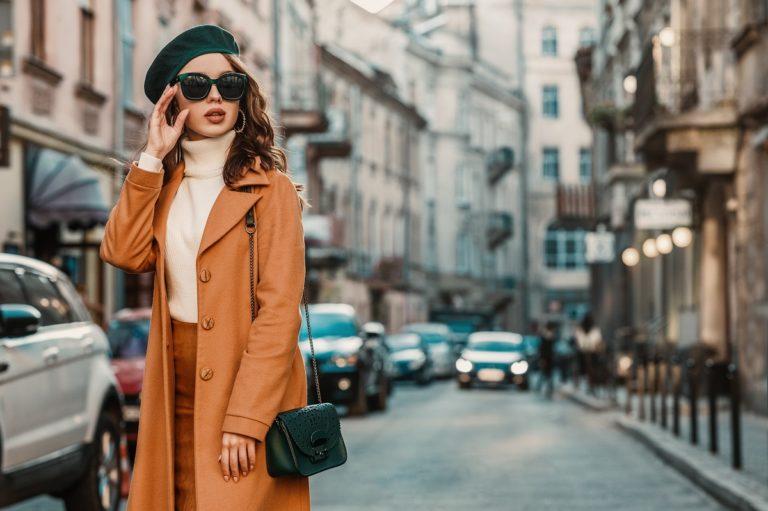 Reserved płaszcze – jak je dobrać do figury?