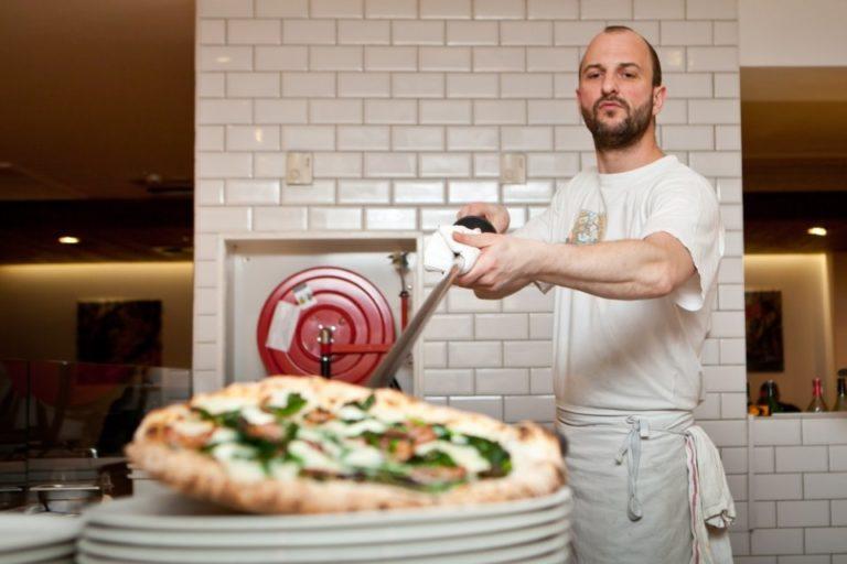 Pizzerie Warszawa – gdzie znajdziemy pizzę idealną?