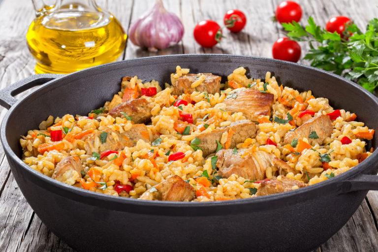Paella z chorizo – jak przygotować?
