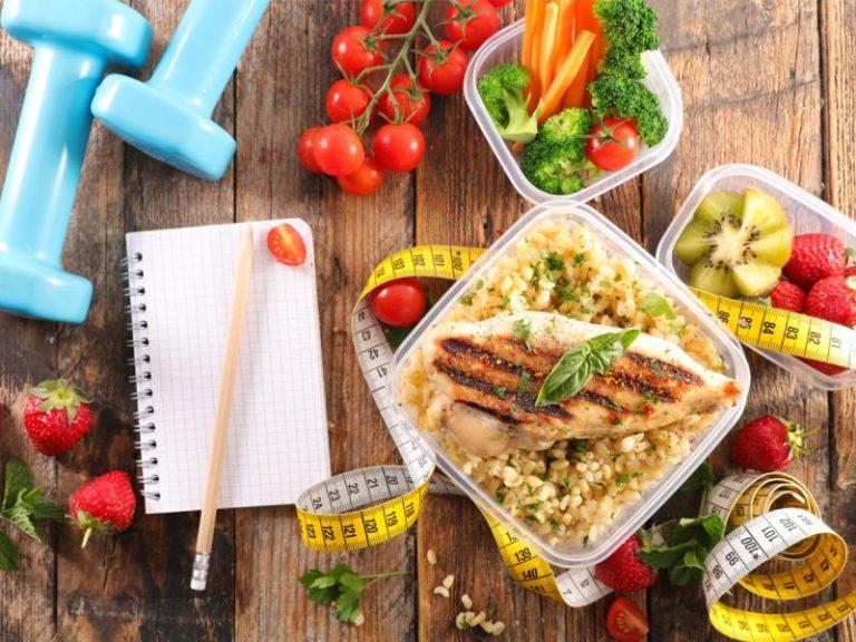 Czym wyróżnia się dieta niskowęglowodanowa?